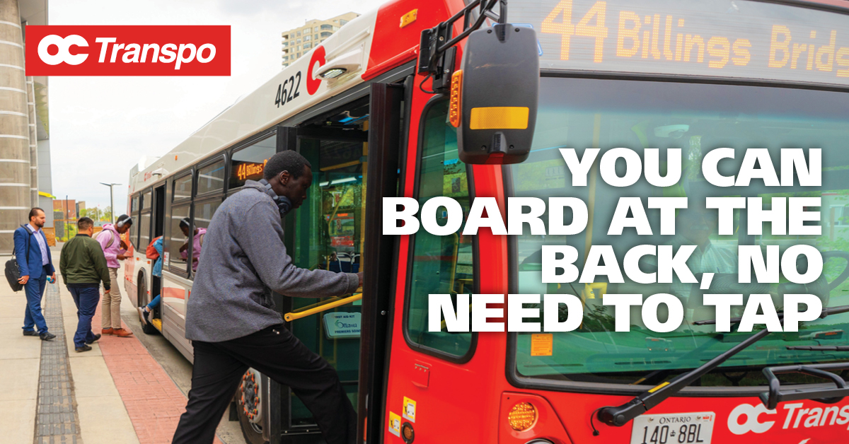 Customers board a 40-foot (shorter) bus by both doors. Image text: You can board at the back, no need to tap. In fare-paid zones, board through any door of any bus—even short ones.