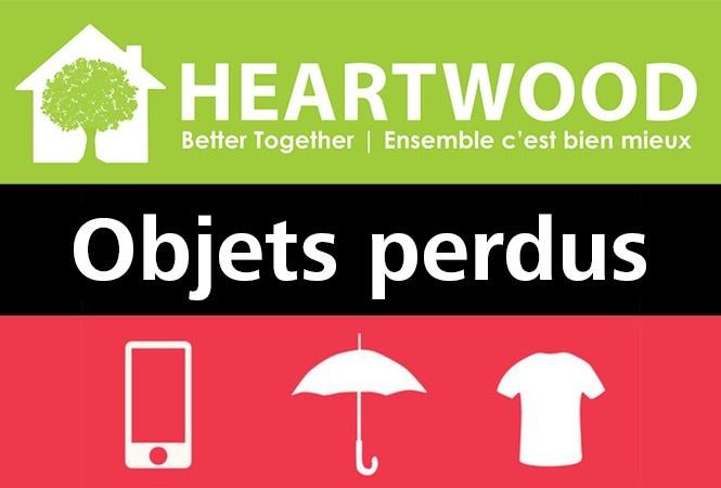 Logo de la Heartwood House. Texte: Objets perdus